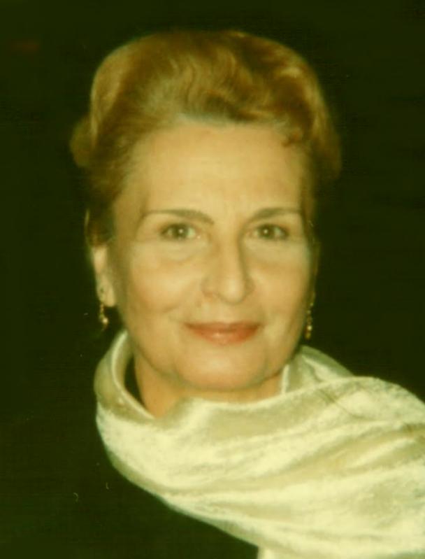 Victoria Comnea